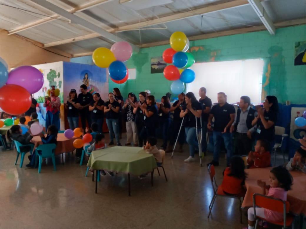 Dragoman visit to Manos Amigas Guatemala