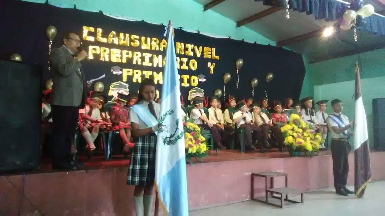 La Sagrada Familia graduation